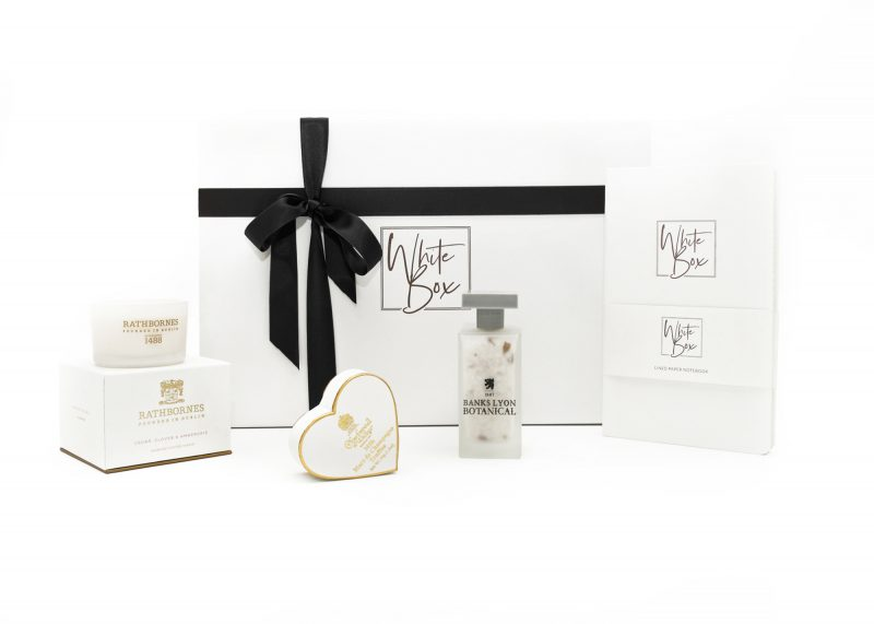 Wedding-Bells-gift-box